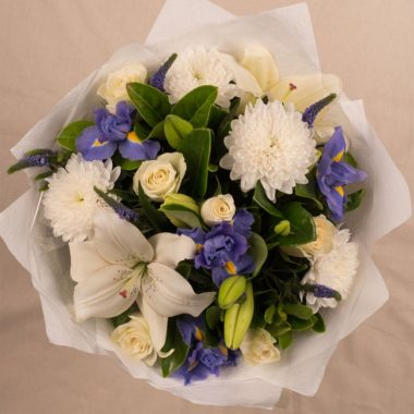 MED BLUE WHITE BOUQUET