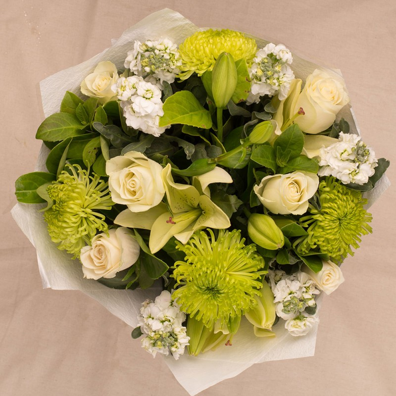 MED WHITE GREEN BOUQUET