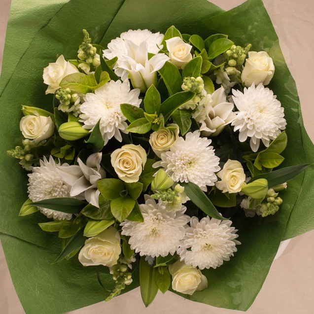 LARGE WHITE/GREEN BOUQUET